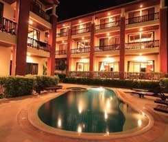 Sun Hill Hotel is located at 245/2 Nanai Road