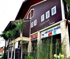 Andaman House is located at 62 Prabaramee Rd.