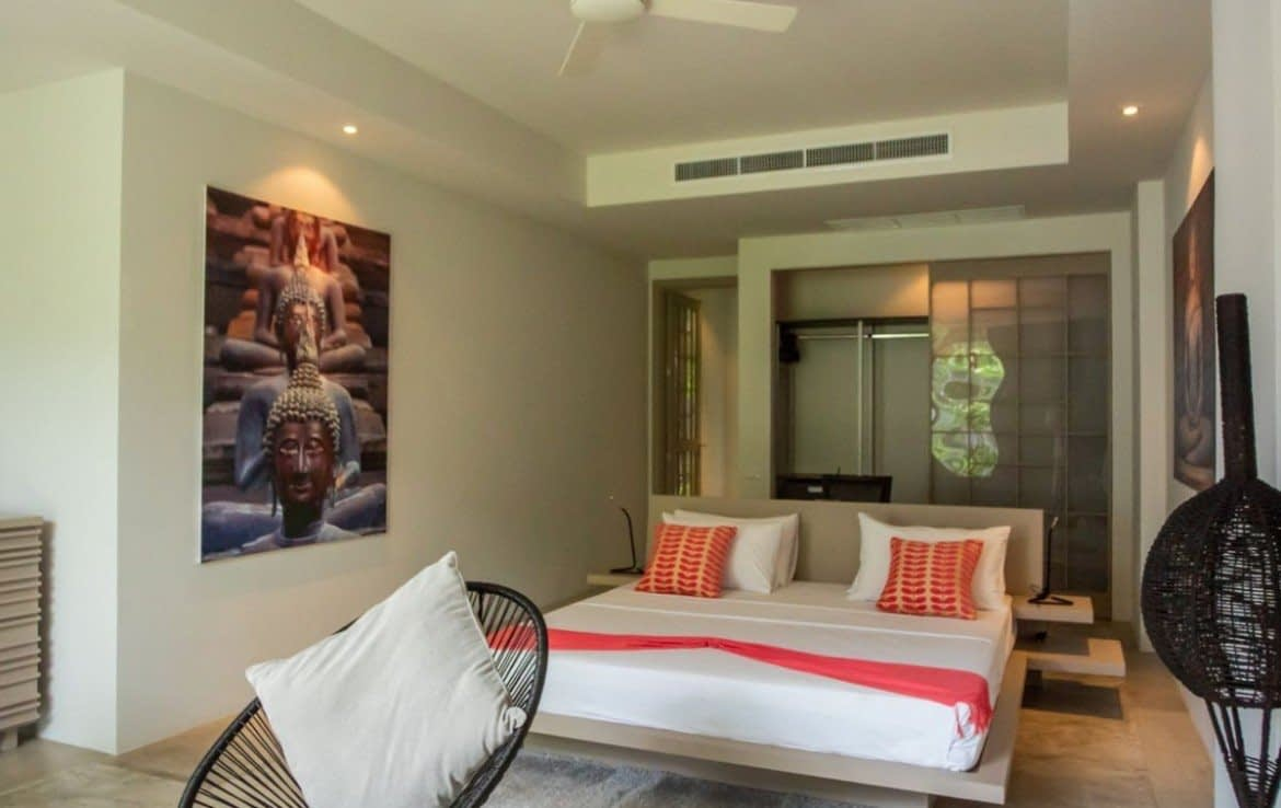 This 3 bedroom / 3 bathroom Villa for sale is located in Layan on Phuket