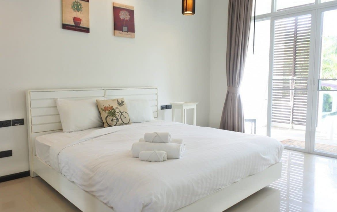 3 bedroom / 3 bathroom Apartment in Bangtao is available for sale, or re-sale.