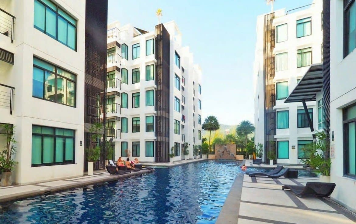 3 bedroom / 2 bathroom Apartment in Kamala is for sale, or re-sale.