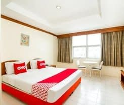 OYO 320 Regent 2002 Guest House is located at 70 (Aroonsom) Rat-U-Thit 200 Pee Road
