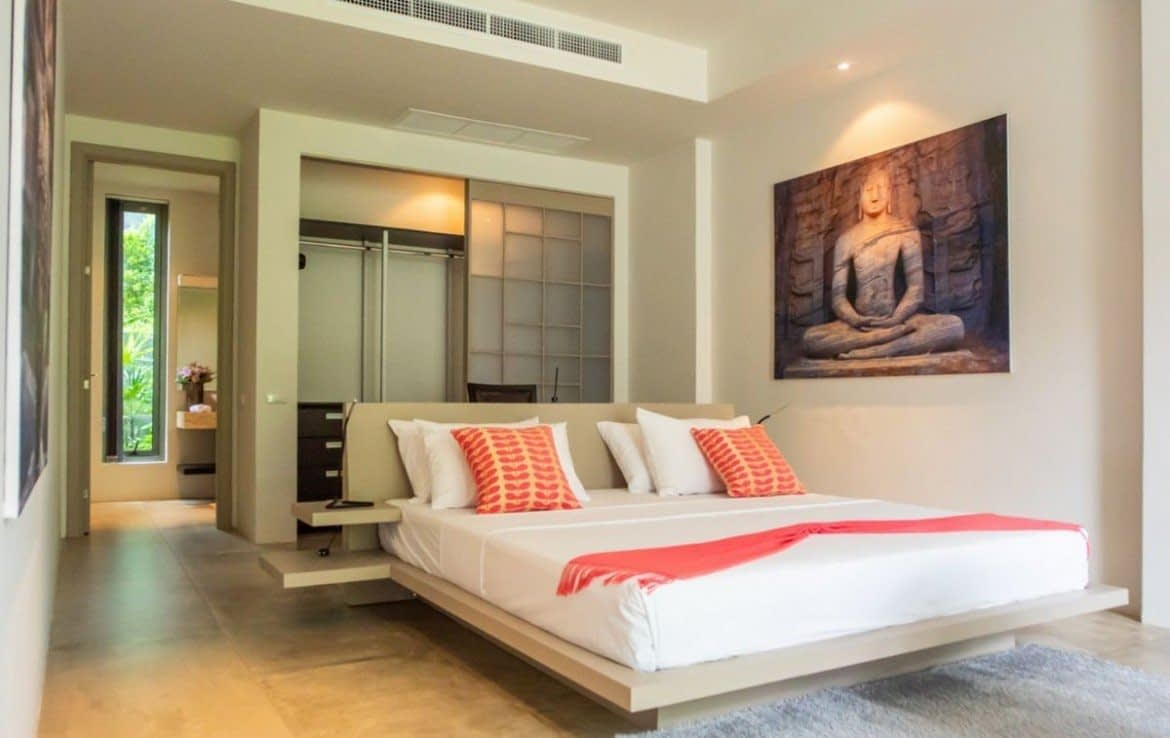 3 bedroom / 3 bathroom Villa in Layan is available for sale, or re-sale.